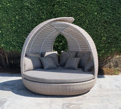 Outdoor Daybeds Central Coast